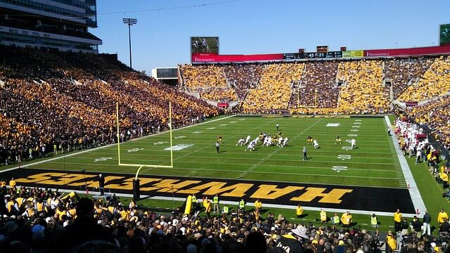 Post Photo for Beer and wine to be sold at Hawkeye sporting events