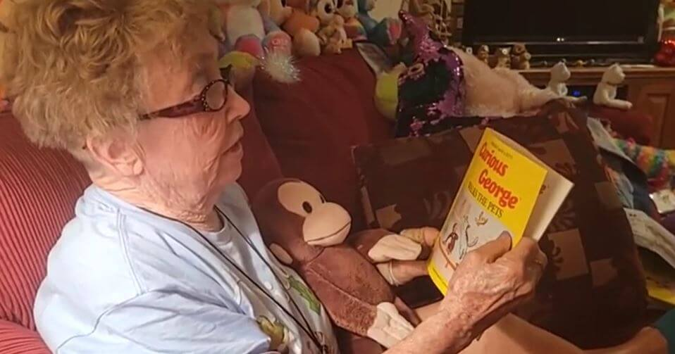 Post Photo for Grandmother Reads Bedtime Stories to Hundreds on Facebook